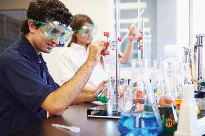 New Degree Apprenticeship in Chemistry